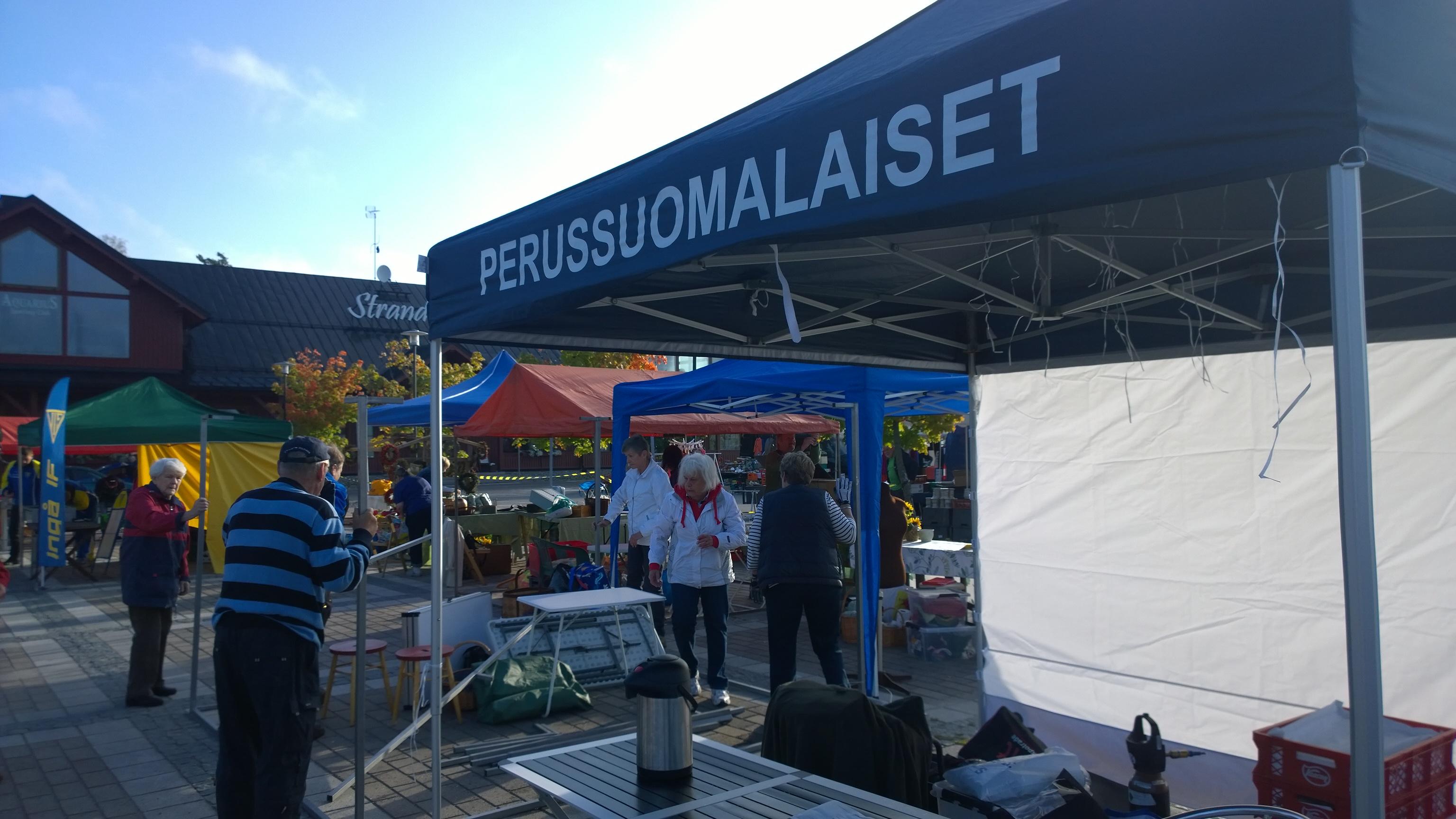 Inkoon-Sadonkorjuumarkkinat-13.9.2014
